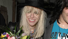 What's wrong with Courtney Love's teeth?!