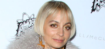 Nicole Richie's new flapper hair: cute or hopefully it's a wig?