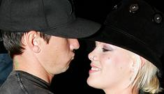 Friends say Pink and Carey Hart are getting married again