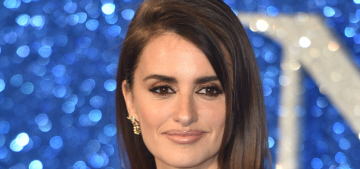 Penelope Cruz in Versace at UK 'Zoolander 2′ premiere: stunning or cheap?