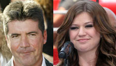 Simon Cowell tells Kelly Clarkson to be quiet