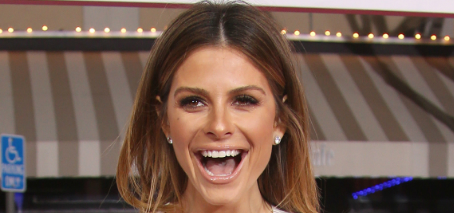 Maria Menounos got engaged on Howard Stern: romantic or showy?