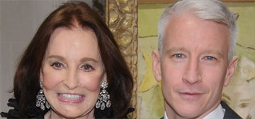 Gloria Vanderbilt used an interview to tell son Anderson Cooper about lesbian past