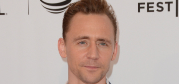 Tom Hiddleston believes he's 'very hard' & 'keeps his cards close to his chest'