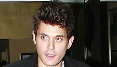 John Mayer announces his single status to paparazzi (again)
