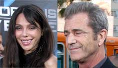 Mel Gibson brings new girlfriend Oksana Grigorieva to premiere