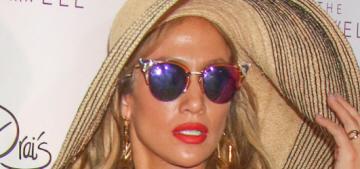 """Happy Memorial Day, please enjoy Jennifer Lopez's floppy hat"" links"