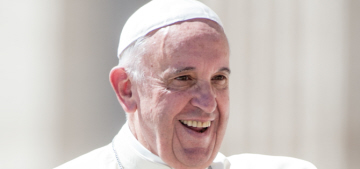 """Pope Francis loves beauty vlogs, probably loves a good cat-eye"" links"