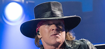 Axl Rose pulls a Beyonce, tries to get unflattering pics scrubbed from Internet