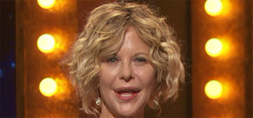 Meg Ryan appears on stage at the Tony Awards: she looks different, right?