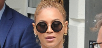 Beyonce's 'delayed reactions' have people questioning if she understands tennis