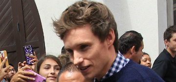 Eddie Redmayne drops wands, new trailer for Fantastic Beasts at Comic-Con