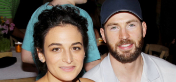Star: Jenny Slate is selling out stand-up gigs now that she's with Chris Evans