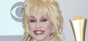 """Dolly Parton has helped so many gay people come out of the closet"" links"