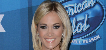 Carrie Underwood on hosting CMAs: 'I prefer to stay away from politics'