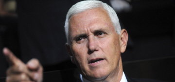 Mike Pence was booed at 'Hamilton' & Donald Trump wants people to 'apologize'
