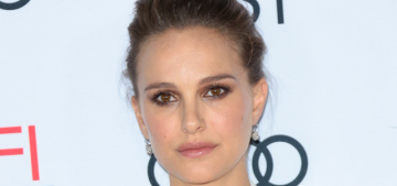 Natalie Portman: 'Malls are comforting to me,' malls 'feel like home'