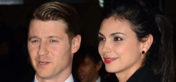 """Shady lovers Morena Baccarin & Ben Mckenzie are engaged"" links"