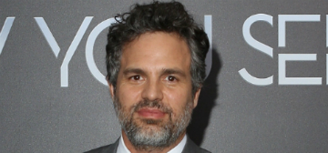 Mark Ruffalo urges banks to pull their money out of fossil fuel industries