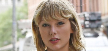 """""""Taylor Swift surprised a 96-year-old veteran for Christmas"""" links"""
