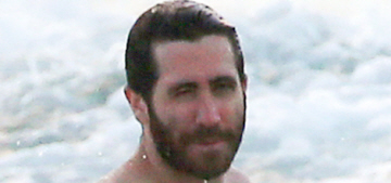 """""""Jake Gyllenhaal is vacationing in St. Barts with his BFF Greta Caruso"""" links"""