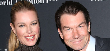Jerry O'Connell & Rebecca Romijn have 3 dogs & 2 cats that sleep on their bed