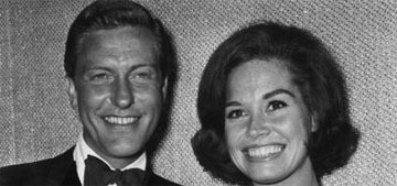 Dick Van Dyke remembers Mary Tyler Moore: 'She was just the best'