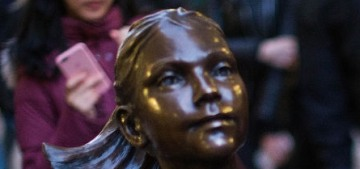 Wall Street Broseph humped, defiled the Fearless Girl statue on Wall Street