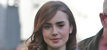 Lily Collins showed off her Michelle Obama thank you note, who wouldn't?