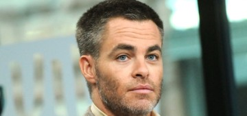 Chris Pine's 'quirk' is that he uses a flip-phone: 'I just like the non-complicated'