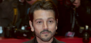Diego Luna is helping raise awareness of plastic pollution in the ocean