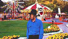 """Neverland Ranch is a dot com"" links"