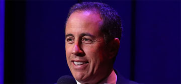 Jerry Seinfeld deflected Kesha's hug three times, didn't know who she was