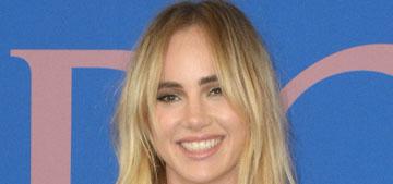 Suki Waterhouse shows off killer style and Diego Luna at CFDA