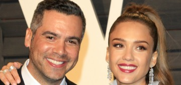 Jessica Alba announced her third pregnancy with the help of her two daughters