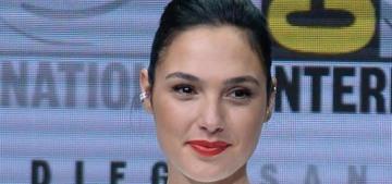 Comic Con: Gal Gadot & Ben Affleck premiere new 'Justice League' trailer