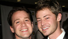 T.R. Knight's boyfriend told him to quit Greys for movie career (spoilers)