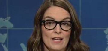 Tina Fey suggest a new counter-protest in the face of neo-Nazism: sheetcaking