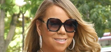 """""""Mariah Carey allowed Vogue into her closets & they are amazing"""" links"""