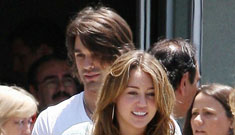 Did Miley Cyrus break up with Justin Gaston to get back with Nick Jonas?