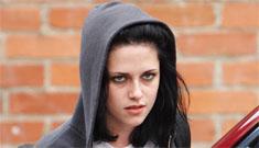 Kristen Stewart's new Joan Jett hair; the new love triangle