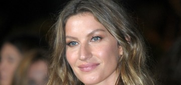 Gisele Bundchen in green Stella McCartney in Milan: gorgeous or plastic?