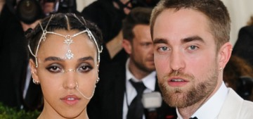 FKA Twigs & Robert Pattinson have apparently ended their engagement & broken up