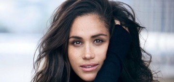 Meghan Markle & Prince Harry might wait a year to announce an engagement??