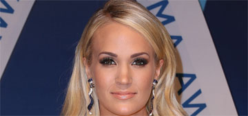 Carrie Underwood in Fouad Sarkis at the CMA Awards: ridiculous but fun?