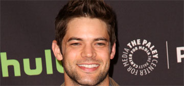 Jeremy Jordan from Supergirl claims he got food poisoning from Chipotle