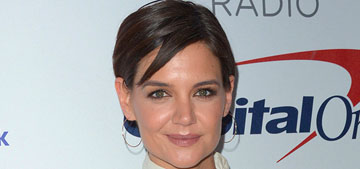 Katie Holmes is serious with Jamie Foxx, but would 'choose her family over him'