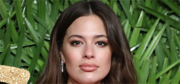 Ashley Graham cleans out & reorganizes her purse every night: weird or goals?