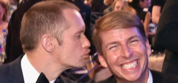 Alexander Skarsgard attended the SAGs with his BFF Jack McBrayer…??