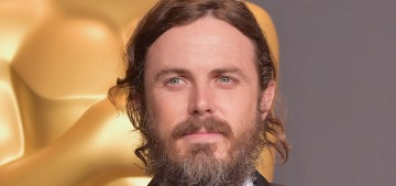 Casey Affleck will not attend this year's Oscars to present Best Actress